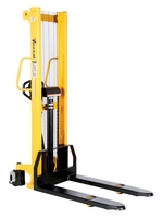 Manual & Electric Stackers